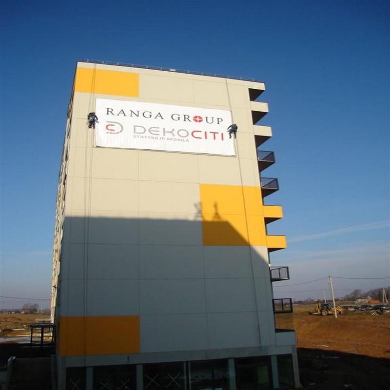 Nhà thầu thi công logo tòa nhà