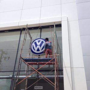 Mặt tiền showroom VW Volkswagen | NTMK