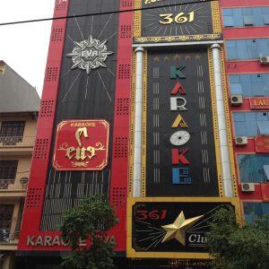 TP.HCM chấn chỉnh việc lắp đặt biển hiệu, bảng quảng cáo Karaoke, nhà hàng