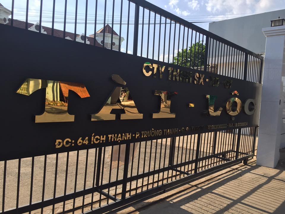 Thi công chữ inox Công ty Tài Lộc  quận 9
