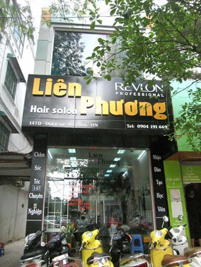 bang-hieu-hair-salon-don-gian-sang-trong