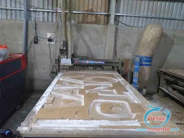 Gia công CNC mica dày 20mm