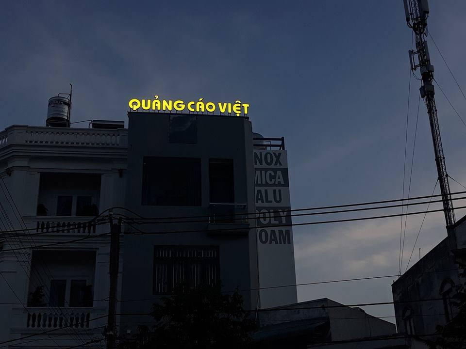 Chữ nổi văn phòng Quảng Cáo Việt