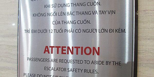 Bảng chỉ dẫn inox đẹp, chuyên nghiệp tại công ty quảng cáo Việt