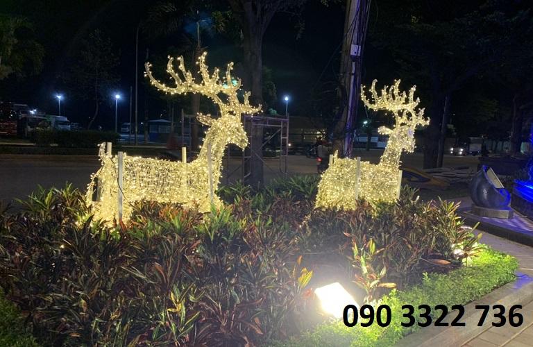 Mô hình tuần lộc trang trí Noel