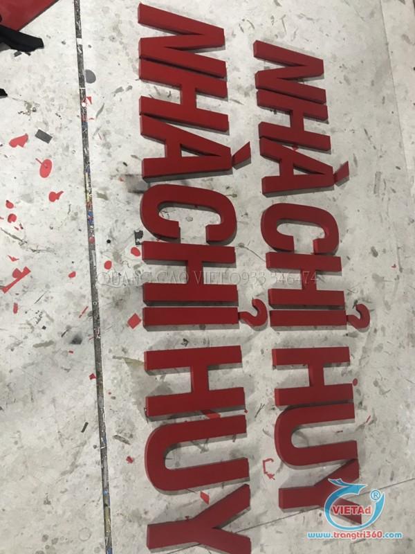 Chữ inox sơn đỏ sử dụng trong bảng hiệu