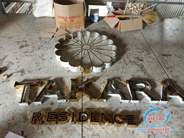 Bảng hiệu chữ nổi inox tại xưởng gia công Quảng Cáo Việt