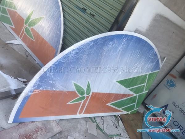Bạn có thể in UV trên Alu khổ lớn với độ dày tối đa 8cm tại xưởng Quảng Cáo Việt